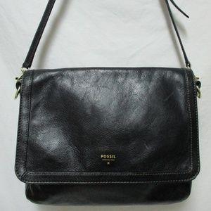 Fossil black leather adjustable shoulder bag purse
